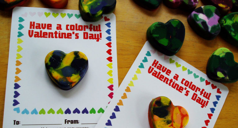 Free Valentine's Day crayon printable from Lellobird